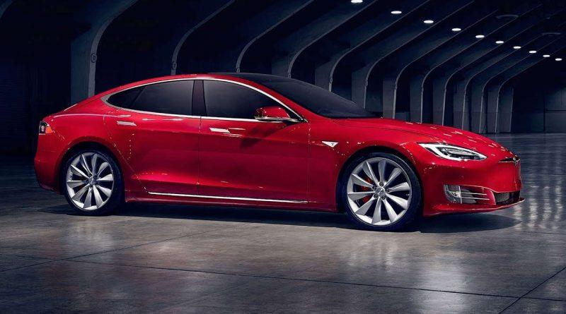 Intel va équiper le système loisir des voitures Tesla